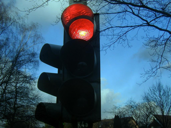 349010 traffic lights 242323 1280