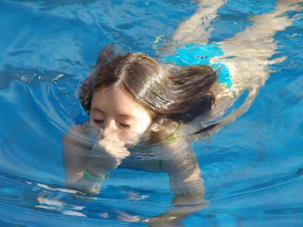 459685 swimming 1437601 1280x960 1