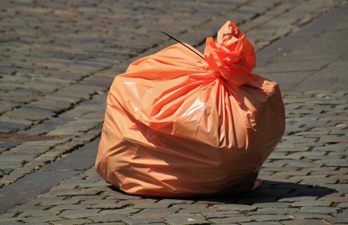 Garbage bag 850874 1920