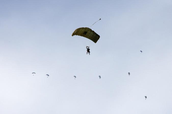 Parachutist nimh