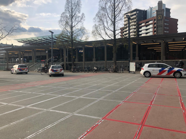 2021 04 05 Steekincident station Enschede 01