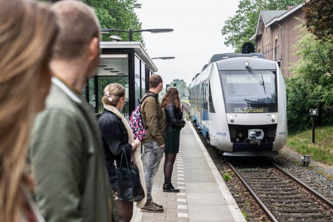 Trein openbaar vervoer station FOTO Robert Oosterbroek Keolis