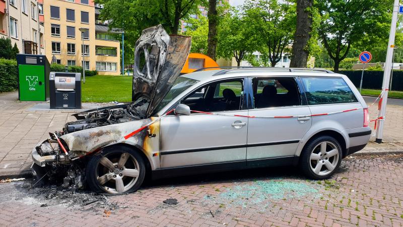 Uitgebrande auto News United