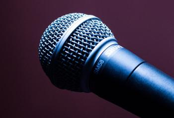 246438 microphone 1716069 960 720