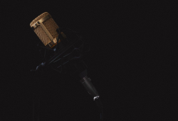 Microphone 2130806 1920 1