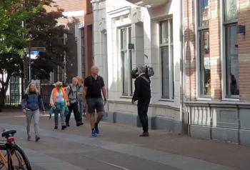 Raymond loopt
