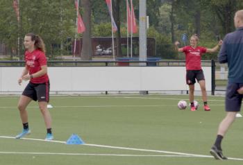 460130 Foto bij artikel FC Twente Vrouwen Still002