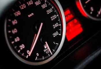 Speedometer auto Pixabay